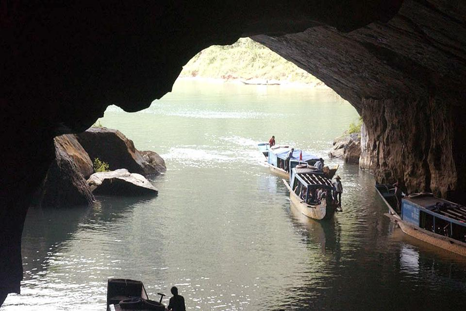 960-boat-trip-in-phong-nha