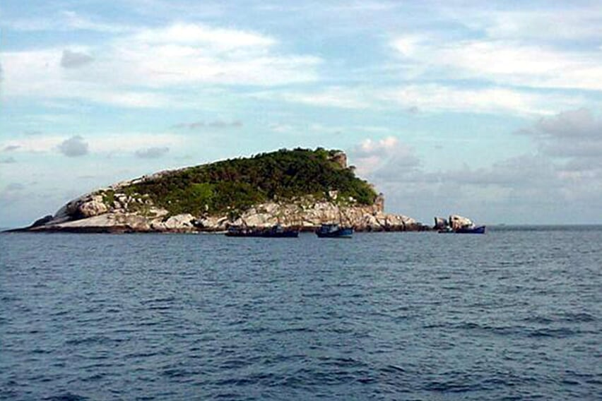fishing-tour-at-con-dao-island