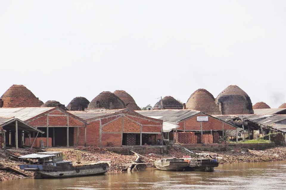 960-brickworks-in-mekong-delta