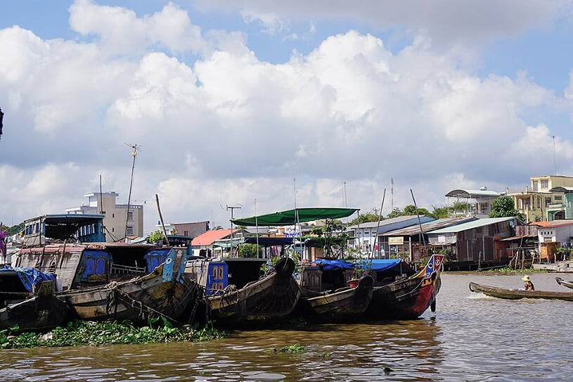 cai-be-floating-market-1