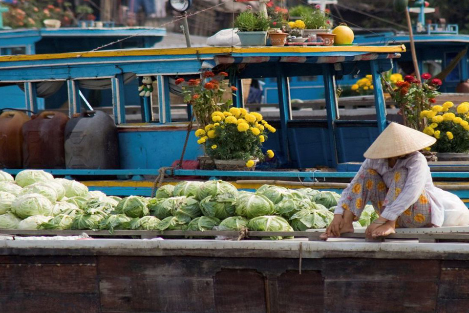960-cai-rang-floating-market-1