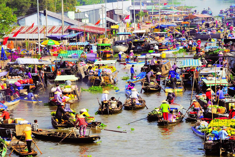 cai-rang-floating-market-mekong-delta-3day-tour-by-speed-boat-1