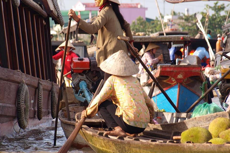 cai-rang-market-my-tho-ben-tre-can-tho-2-days-1