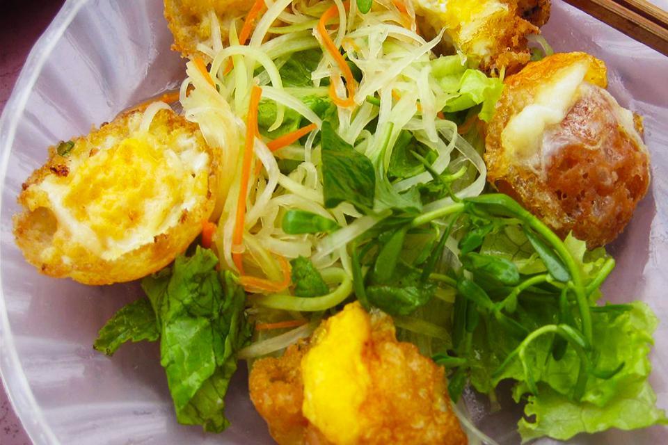 street-foods-in-vietnam
