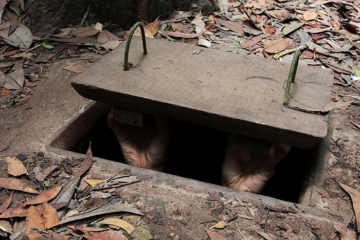 cu-chi-tunnels-1