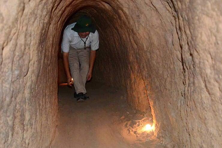 cu-chi-tunnels-2