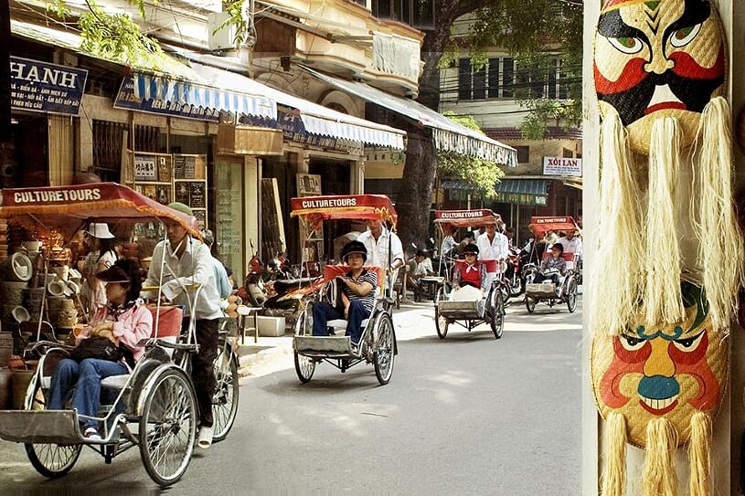 cyclo-around-hanoi