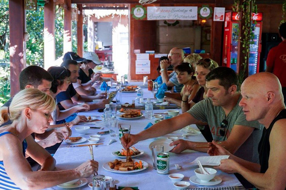 specialities-cai-be-floating-market-tan-phong-island-full-day-group-tour-3