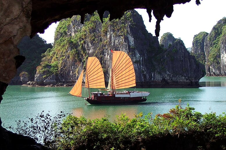 combo-hanoi-halong-mai-chau-4-days-1