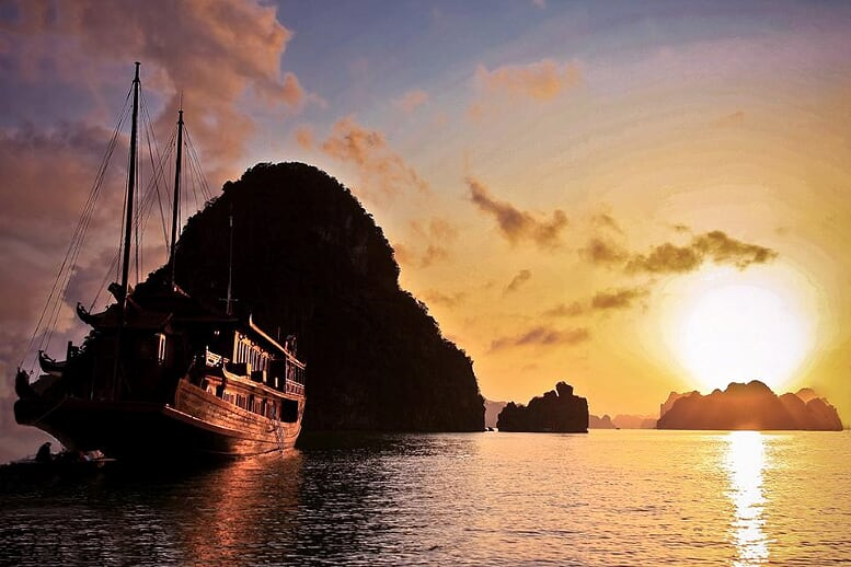 luxury-halong-sapa-from-hanoi-6-days-package-5