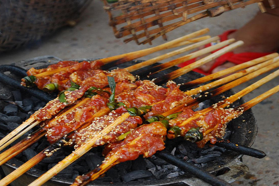 hanoi-street-food-tour-3-hours-6