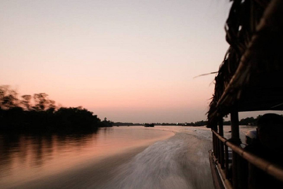 sunset-ho-chi-minh-&canals-boat-tour-3