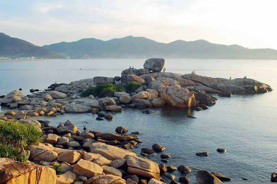 960-hon-chong-nha-trang