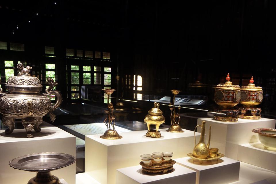 960-hue-royal-museum-1