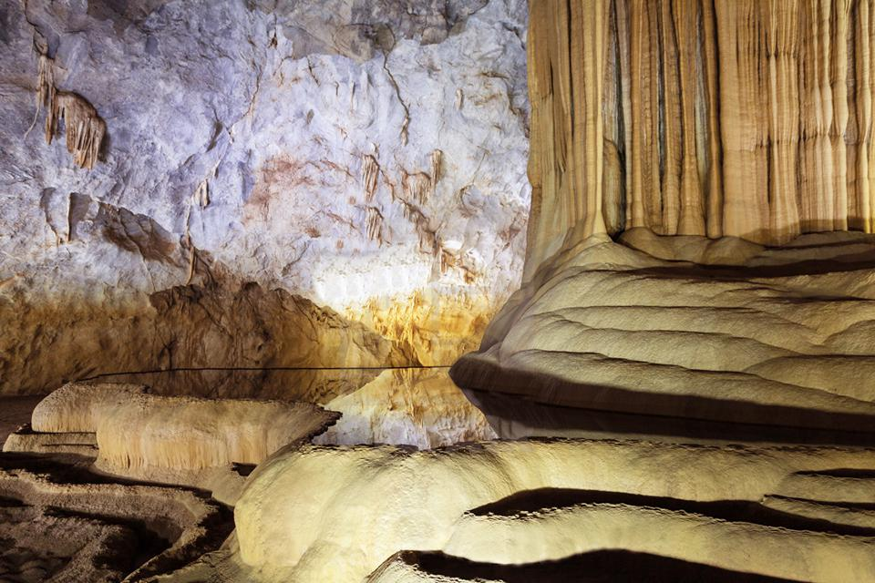 960-inside-paradise-cave