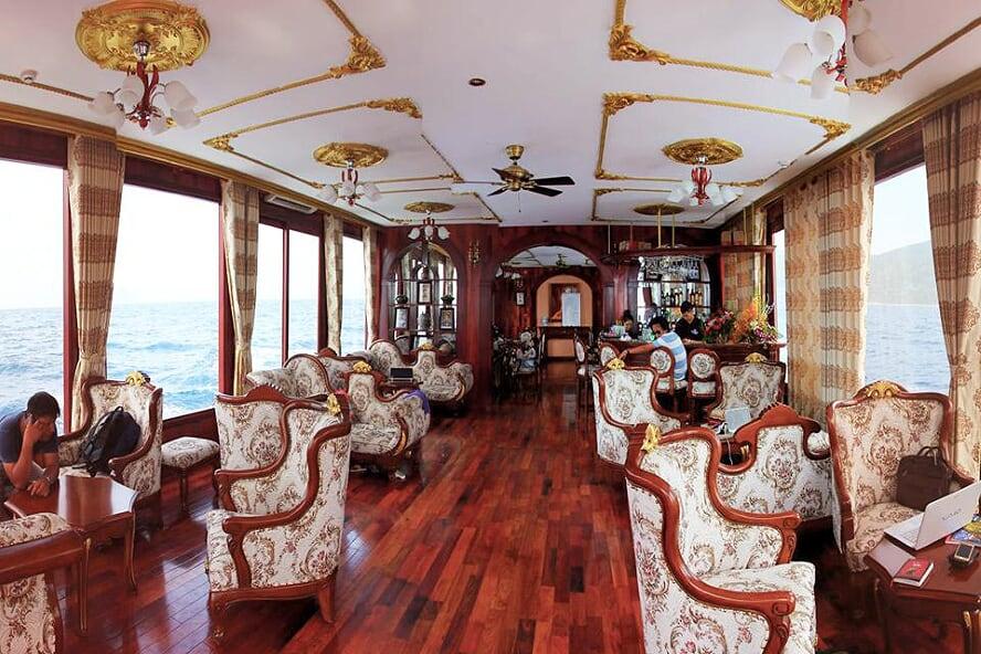 emperor-day-cruise-5