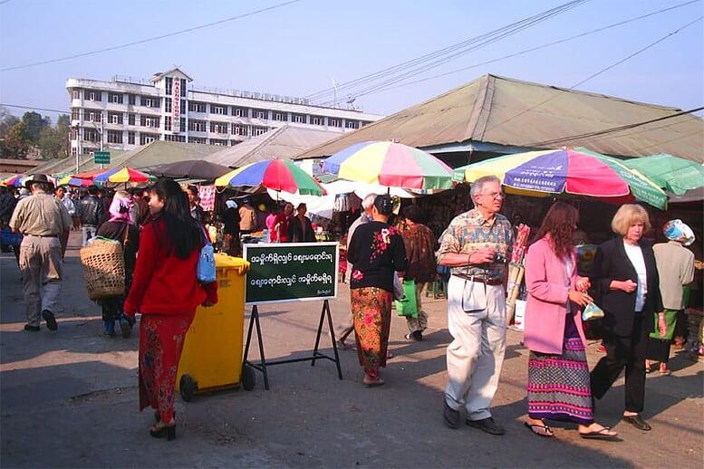 yangon-bago-yangon-3-days-2-nights-kyaing-tong-myoma-market-7