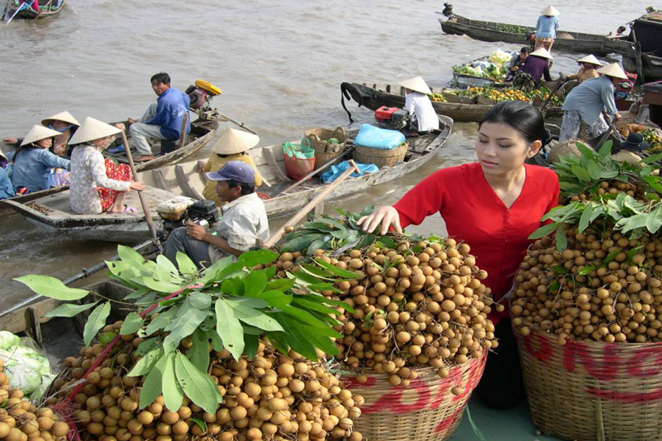 market-in-vinh-long-cai-be-vinh-long-private-day-trip-3