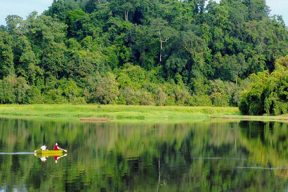 national-park-discover-northern-island-and-kayak-in-cua-can-river-4
