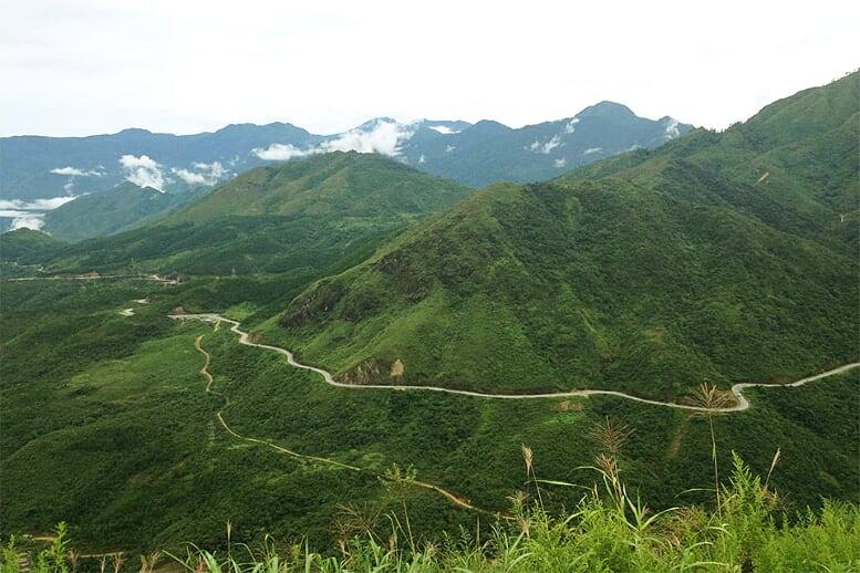 northern-viet-nam-laos-13-days-pha-din-pass-8