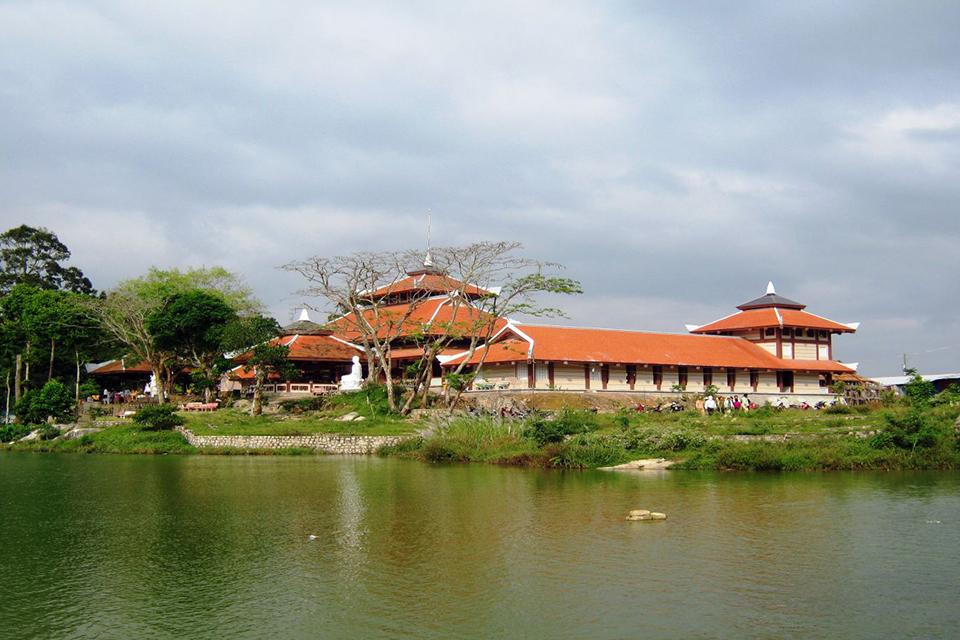 960-phat-lon-pagoda-cham-mountain
