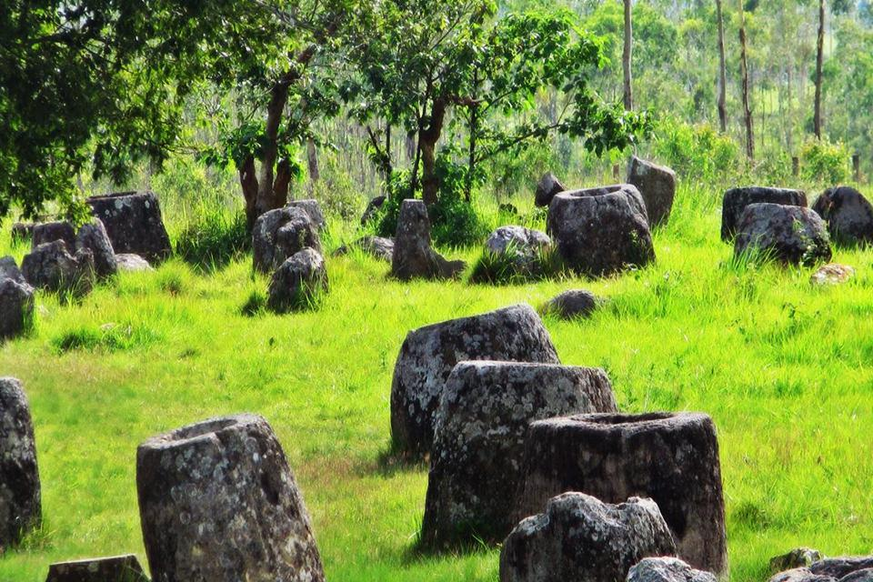 plain-of-jars-4