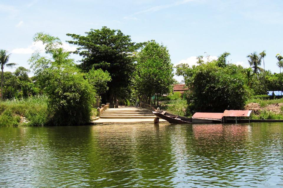 960-river-phuoc-tich-village