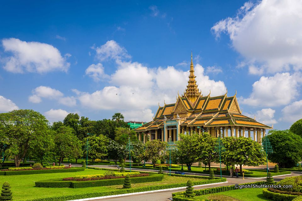 royal-palace-cambodia