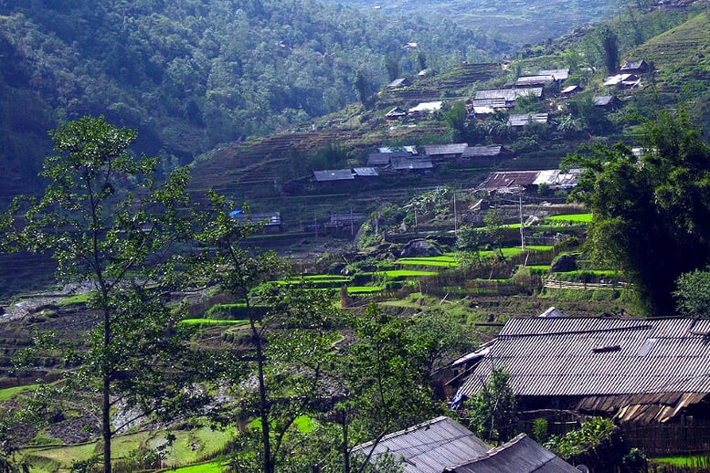 sapa-trekking-bac-ha-market-3d4n-3