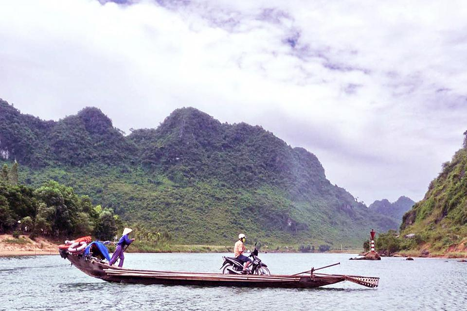 960-son-river-in-quang-binh