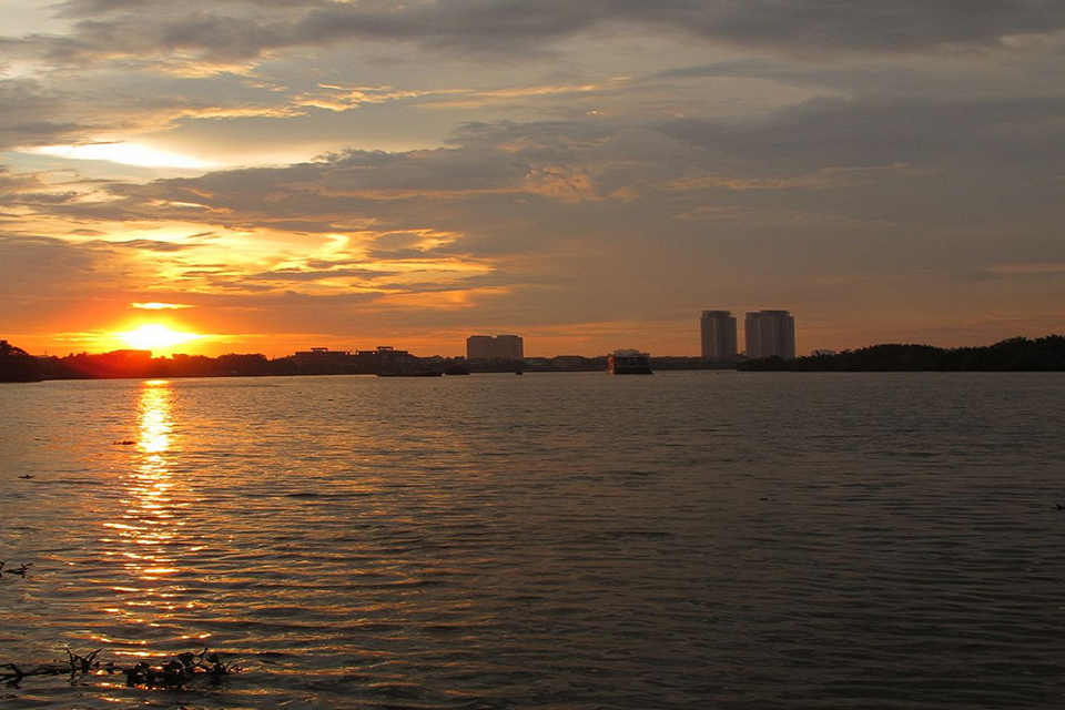sun-set-ho-chi-minh-&canals-boat-tour-5