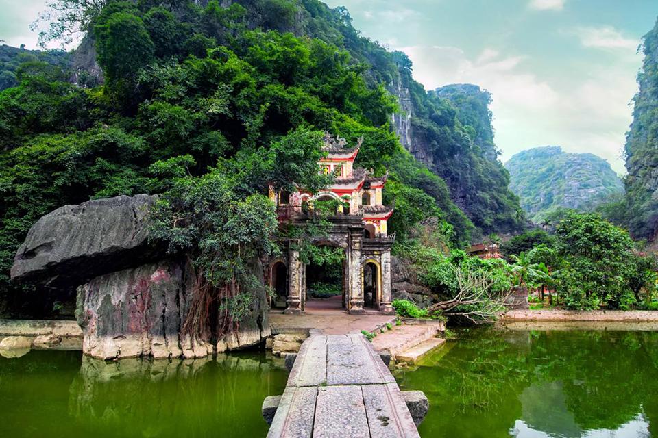 bich-dong-pagoda-5
