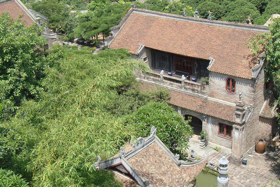 thanh-chuong-palace-giong-temple-half-day-5