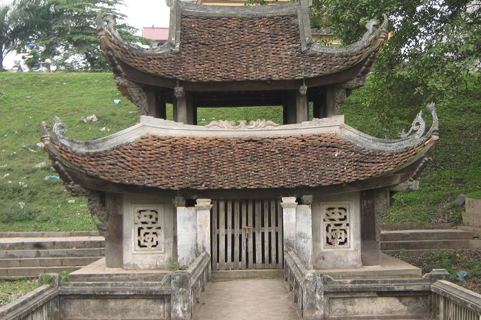 thanh-chuong-palace-giong-temple-half-day-4
