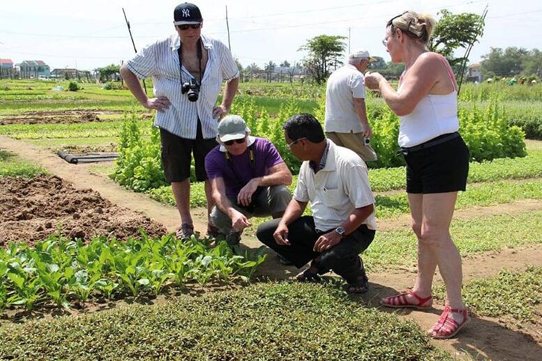 tra-que-vegetable-village-half-day-3