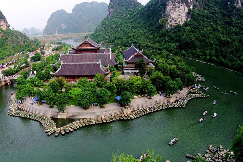bai-dinh-pagoda-trang-an-cave-full-day-4