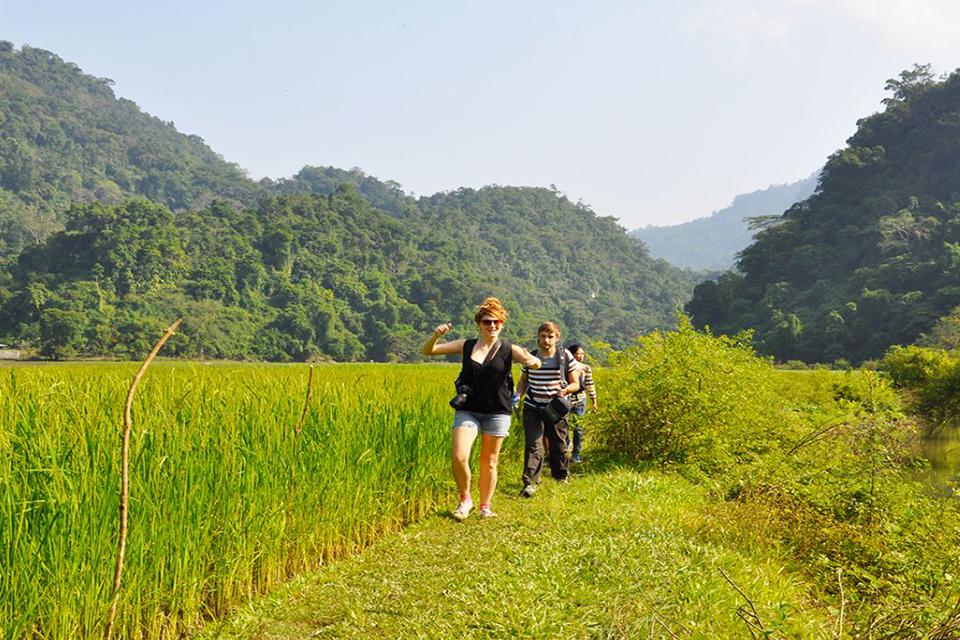 960-trekking-in-ba-be