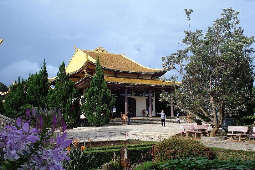 truc-lam-pagoda