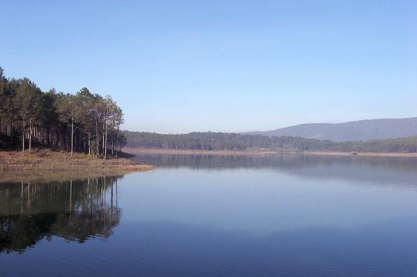 tuyen-lam-lake-1
