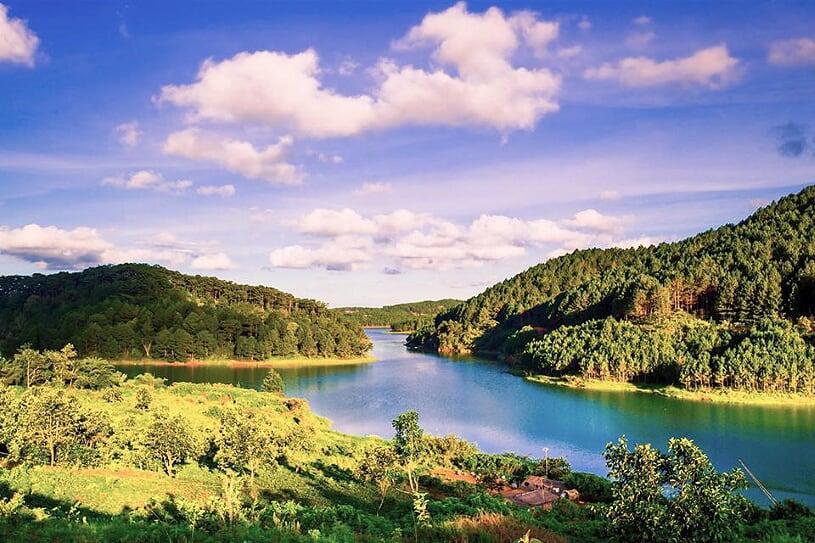 tuyen-lam-lake-2