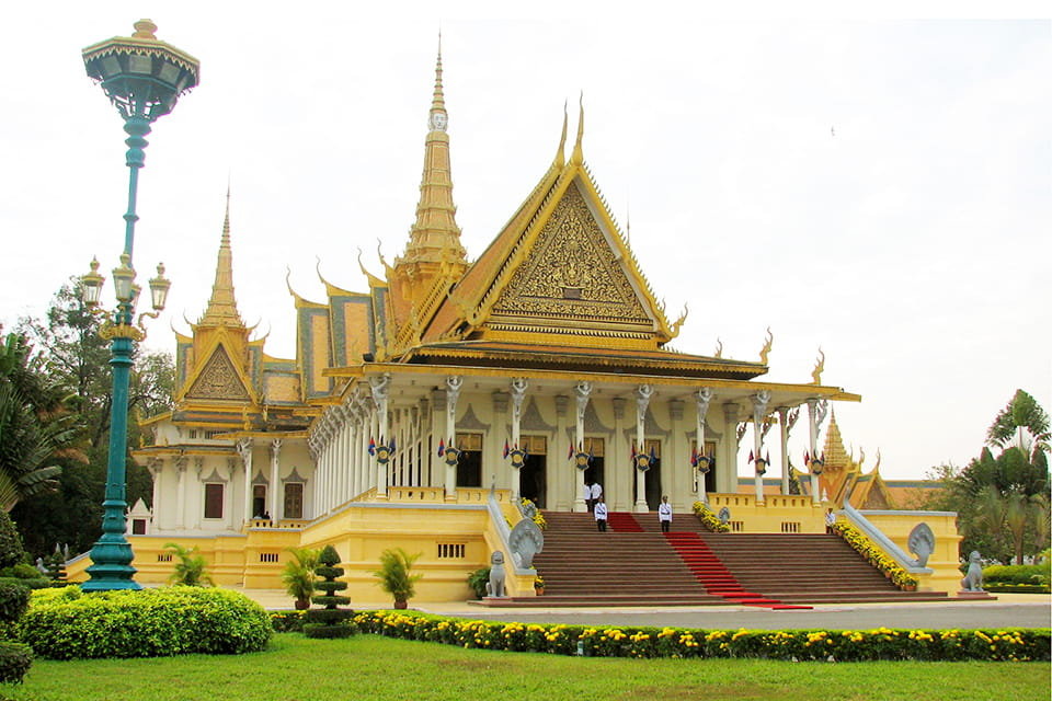 phnom-penh-city-tour-2-days-1-nights-4