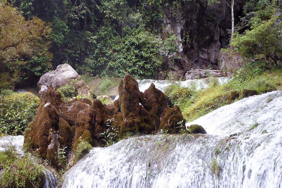 960-wild-tu-lan-cave