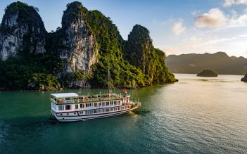 Bai Tho Cruise 2 days/ 1 night