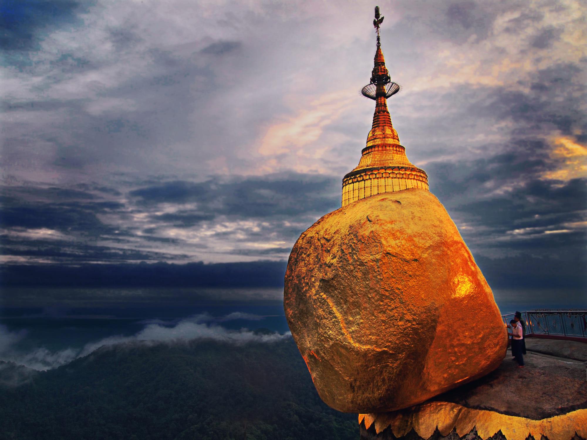 kyaikpun-pagoda-2