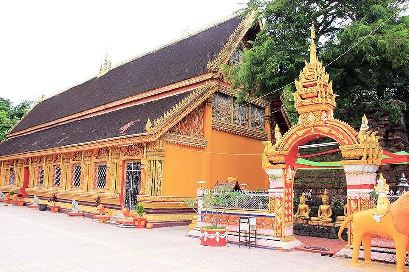 wat-si-muang-temple