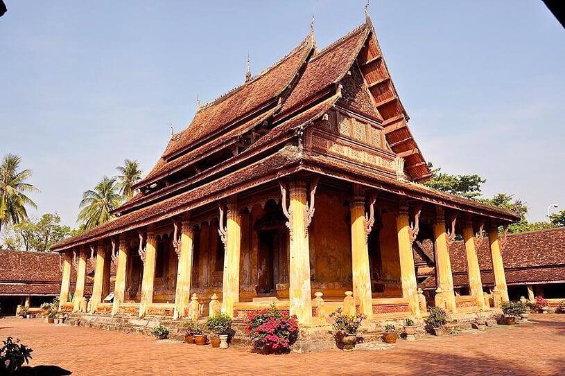 wat-si-saket-temple-2