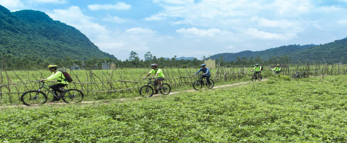 Bong Lai and Phong Nha Bicycle full day