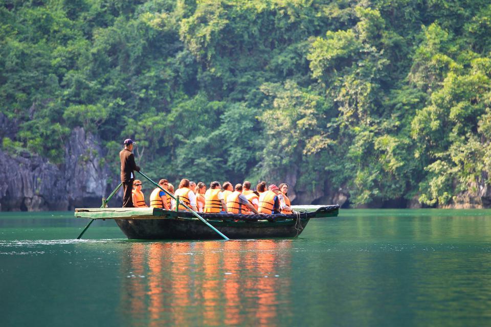 bamboo-boat-1