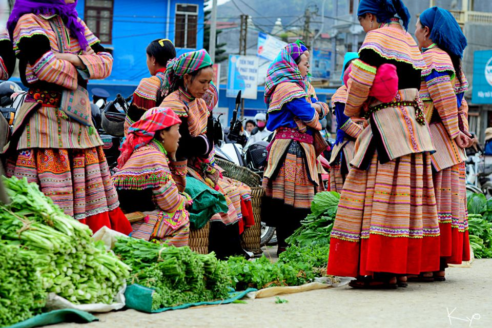 can-cau-bac-ha-market-tour-2d3n-by-train-1