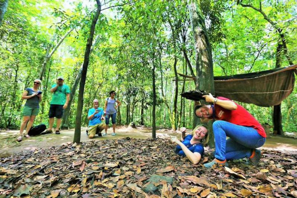 mekong-delta-and-cu-chi-tunnels-day-tour-1